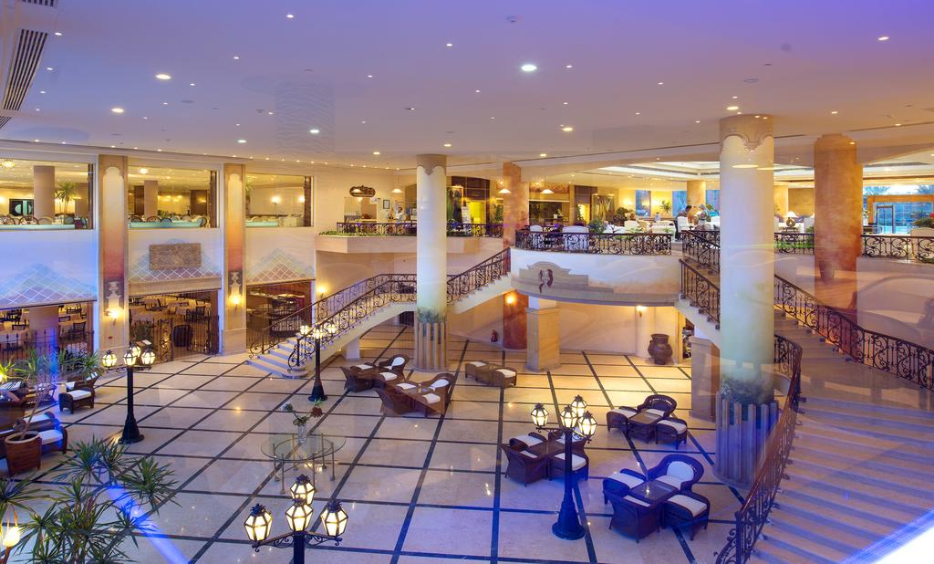 Цены в отеле Amwaj Oyoun Resort & Spa (ex. Millennium Oyoun)