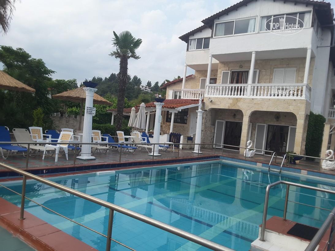 Villa George Hotel Apartments, номера