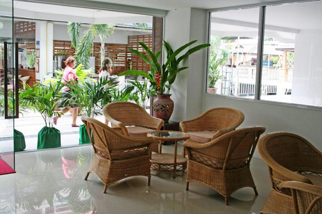 Туры в отель Jomtien Plaza Residence Паттайя Таиланд