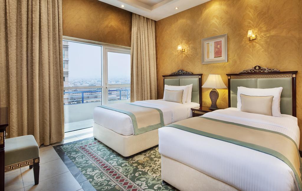 Golden Tulip Al Thanyah, ОАЭ, Дубай (город), туры, фото и отзывы