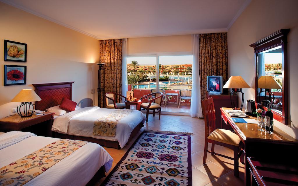 Отзывы гостей отеля Amwaj Oyoun Resort & Spa (ex. Millennium Oyoun)