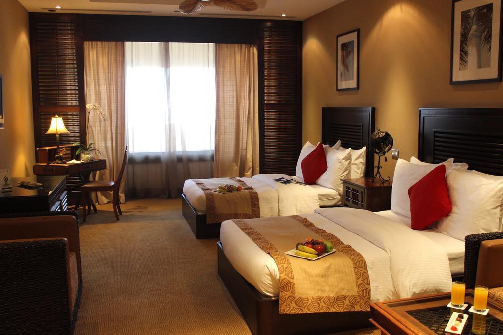 Відпочинок в готелі Radisson Blu Resort Sharjah Шарджа ОАЕ