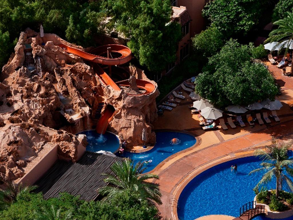 Фото готелю Habtoor Grand Resort& Spa