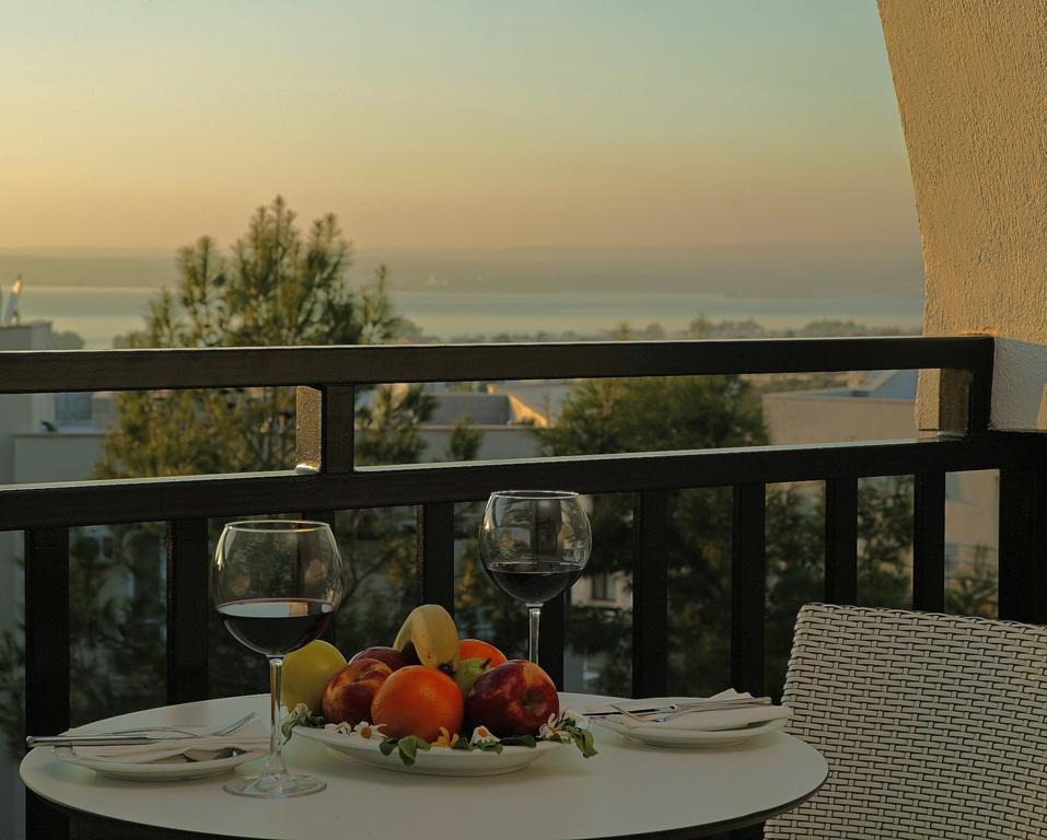 Ramada Resort Akbuk, Бодрум ціни