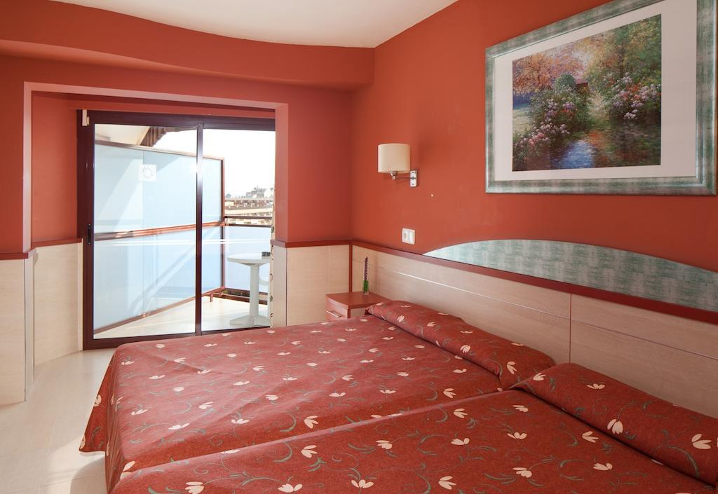 Горящие туры в отель H·top Calella Palace