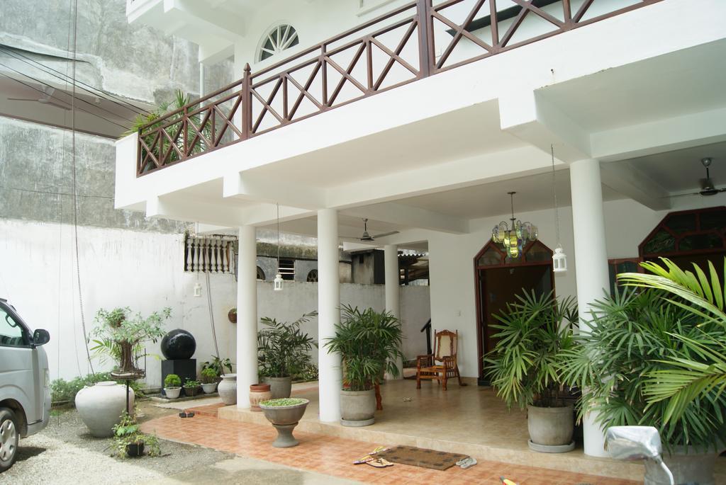 Prime Time Hotel & Bristol, Шри-Ланка, Унаватуна, туры, фото и отзывы