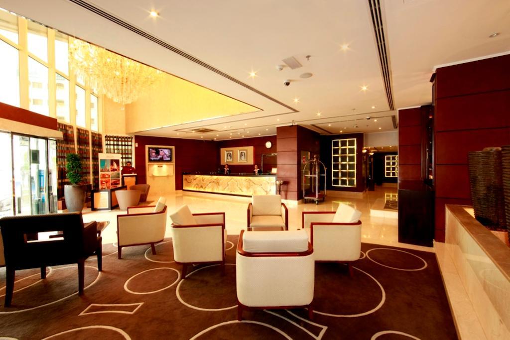 Howard Johnson Hotel Bur Dubai, Дубай (город), ОАЭ, фотографии туров