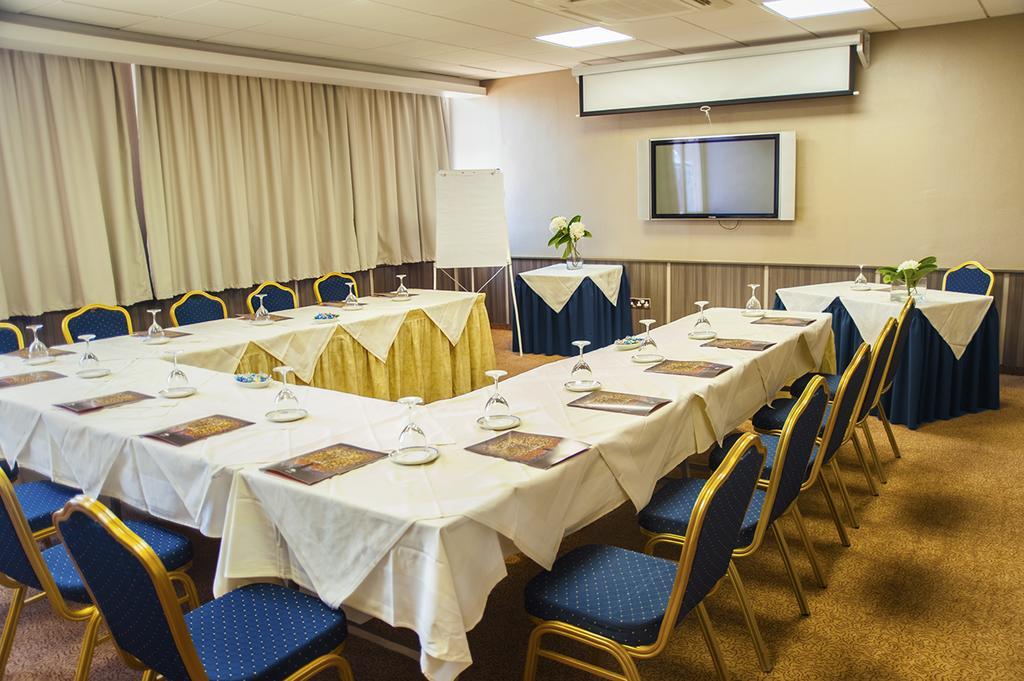 Ajax Hotel, фото