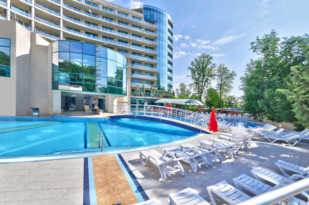 Горящие туры в отель Marina Grand Beach Золотые Пески Болгария