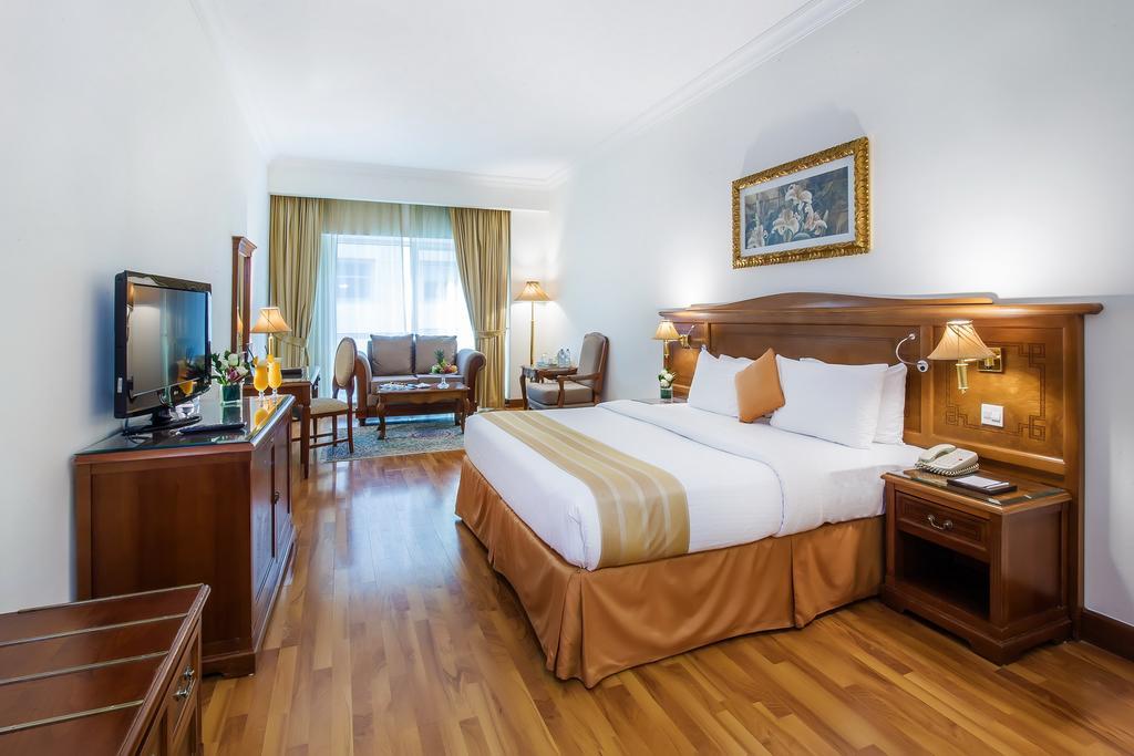 Отдых в отеле Grand Excelsior Hotel Bur Dubai Дубай (город)