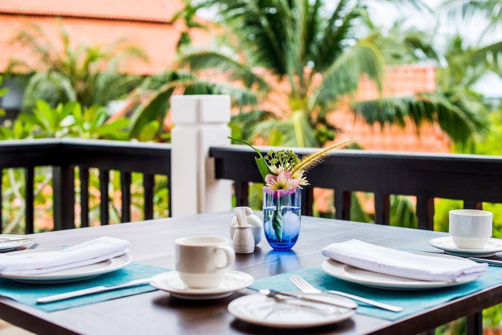Ціни в готелі Akyra Beach Club Phuket