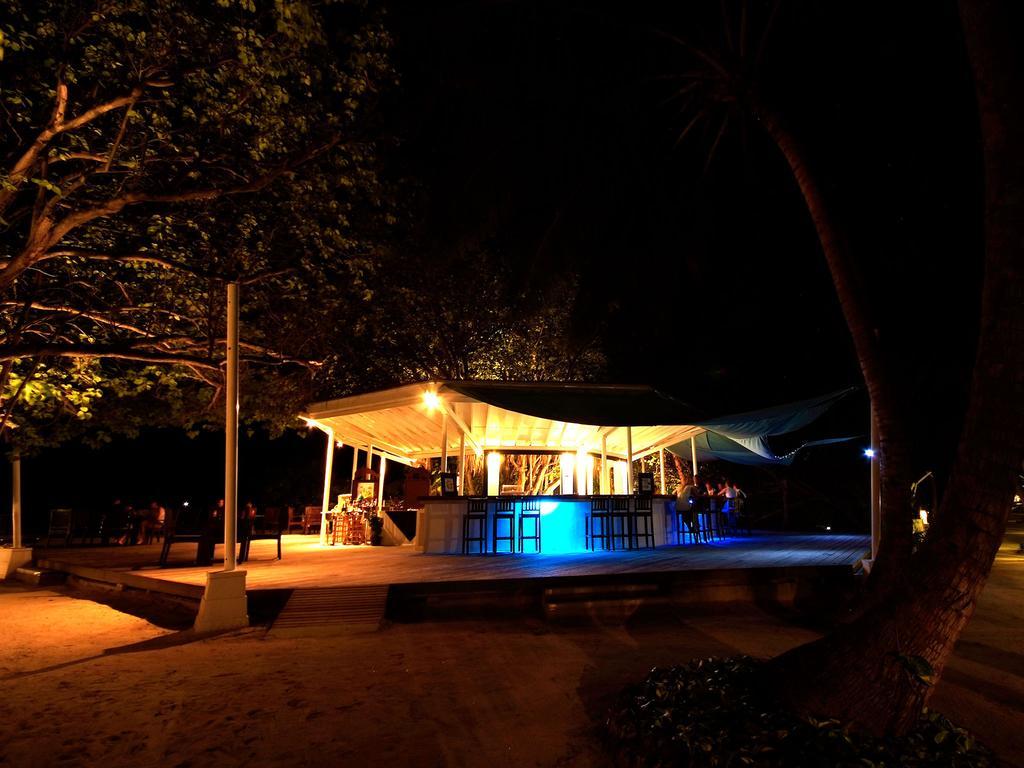 Отдых в отеле Ellaidhoo Maldives by Cinnamon (ex.Chaaya Reef Ellaidhoo) Ари & Расду Атоллы Мальдивы