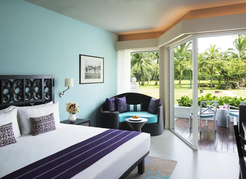 Горящие туры в отель Vivanta By Taj Бентота Шри-Ланка