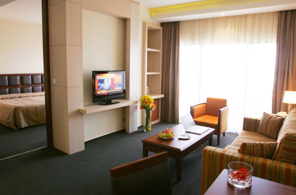 Лимассол Ajax Hotel цены