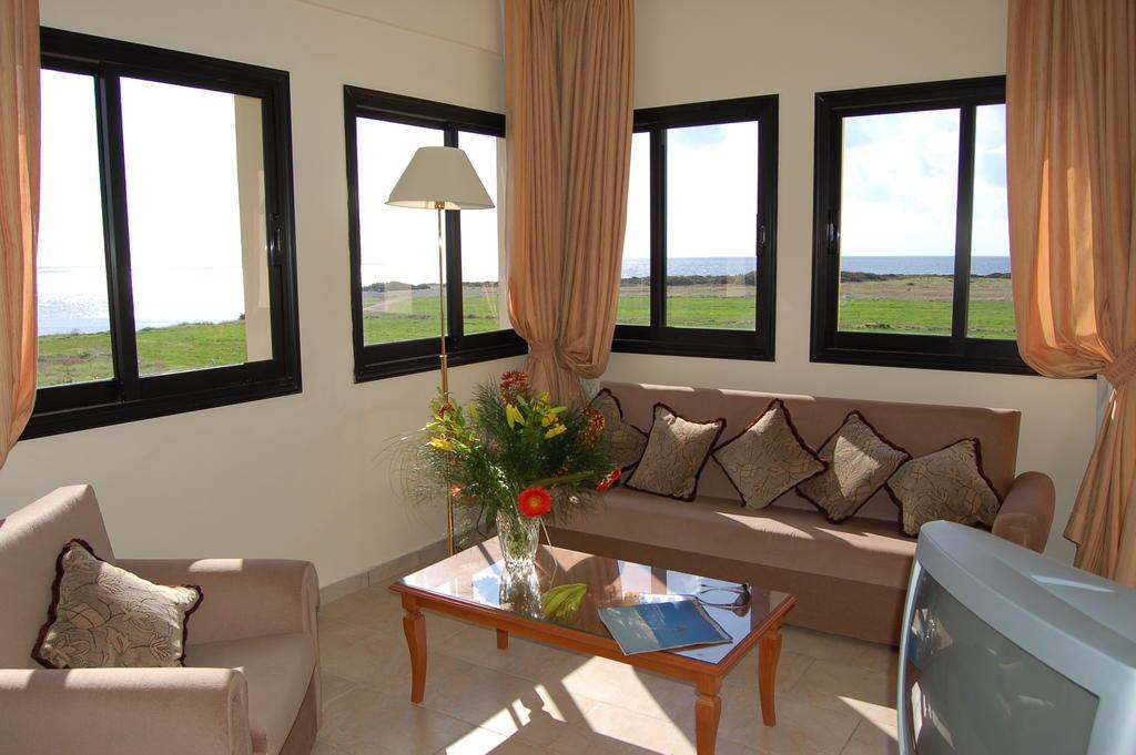 Цены в отеле Panareti Coral Bay Hotel