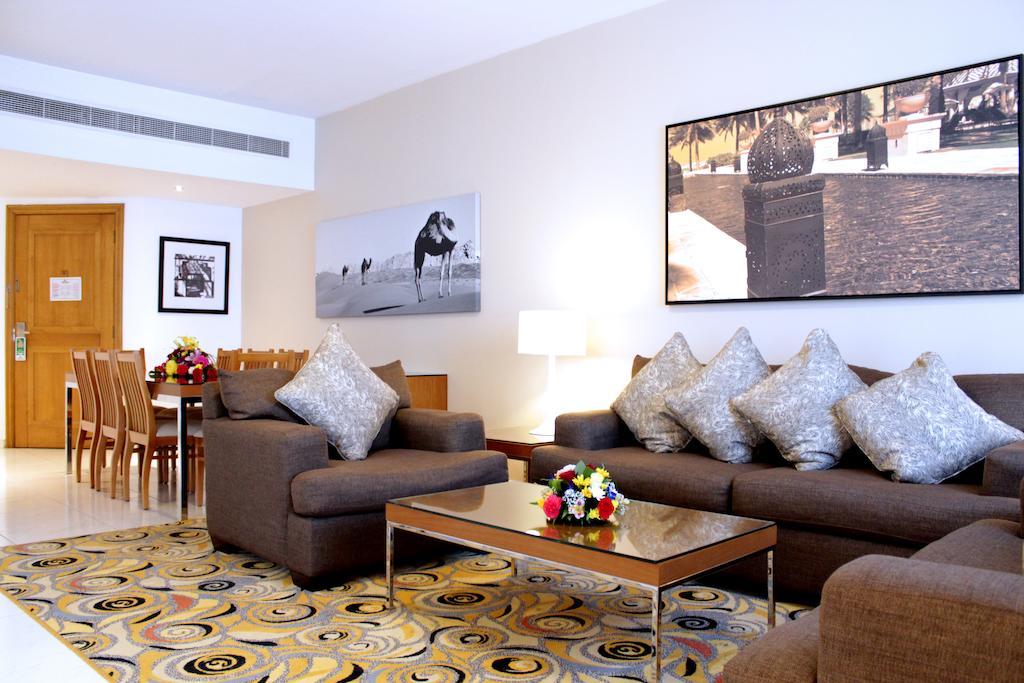 Golden Sands Hotel Apartments, Дубай (город), ОАЭ, фотографии туров
