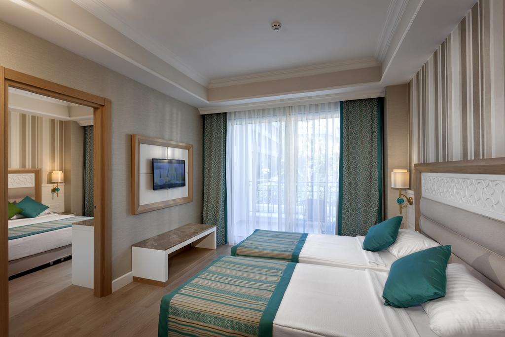 Тури в готель Karmir Resort & Spa