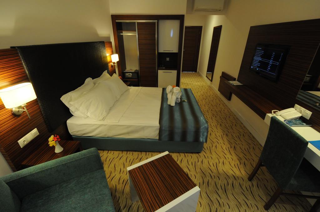 Отзывы гостей отеля Palm Wings Beach Resort & Spa