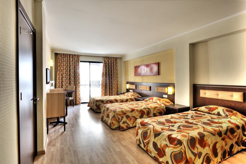 Отдых в отеле Livadhiotis Ларнака Кипр