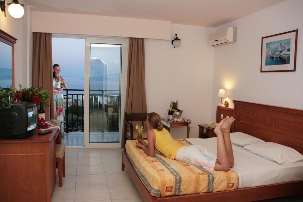 Отдых в отеле Semiramis Village Hotel Ираклион