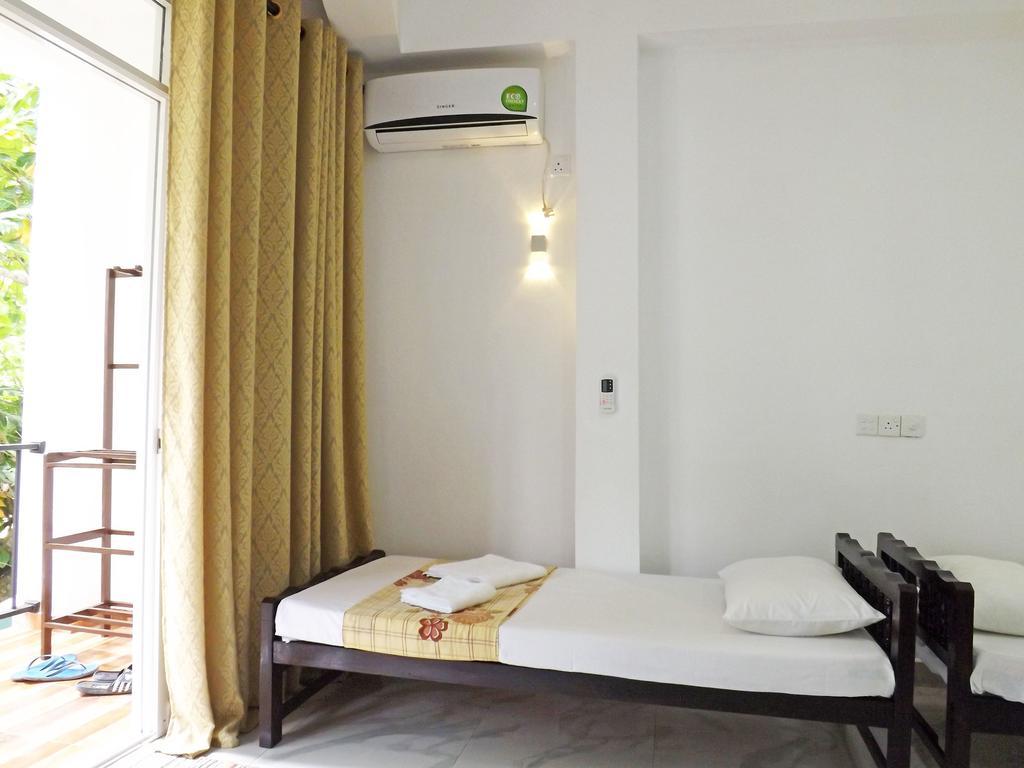 Горящие туры в отель Hotel Diana Hikkaduwa Хиккадува