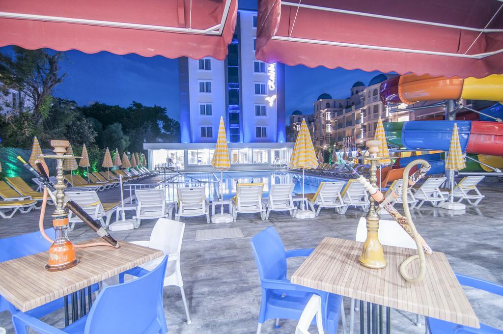Kolibri Hotel фото туристів