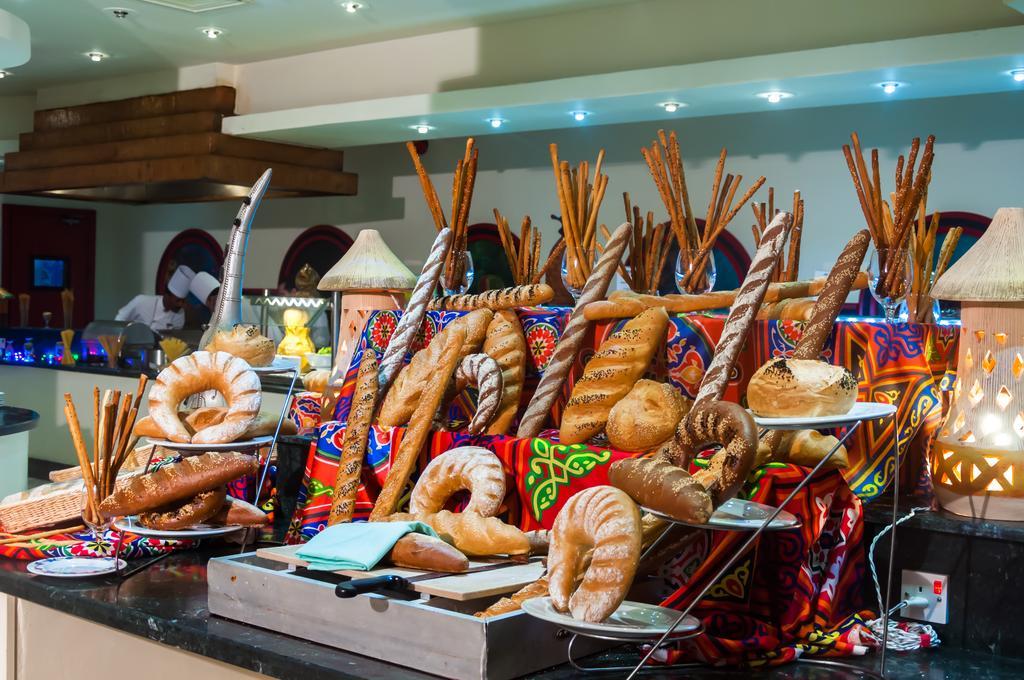 Гарячі тури в готель Coral Beach Resort Tiran