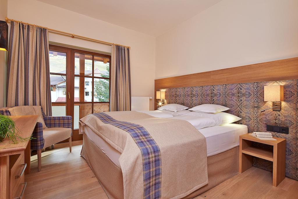 Alpeiner Nature Resort Tirol (Neustift) ціна