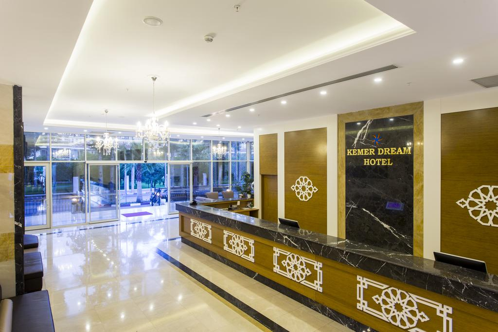 Ціни в готелі Kemer Dream Hotel
