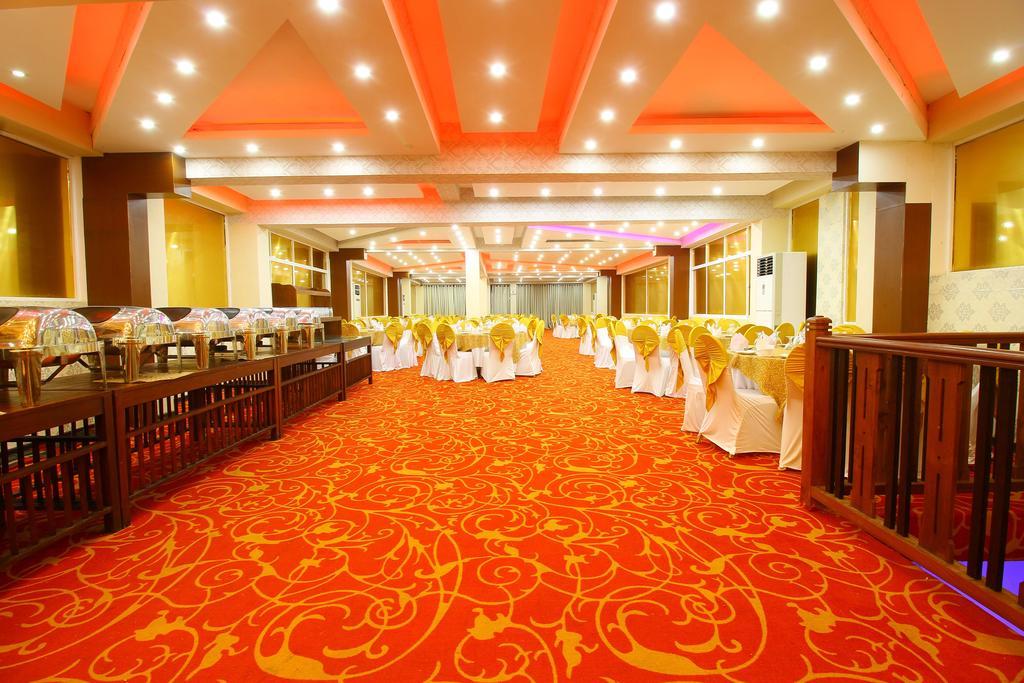 Горящие туры в отель Rock Fort Hotel & Spa Унаватуна
