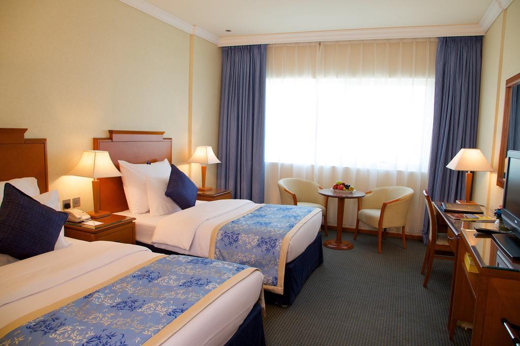 Lavender Hotel Sharjah, Шарджа, фотографии туров
