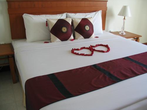 Crown Pattaya Hotel, Паттайя