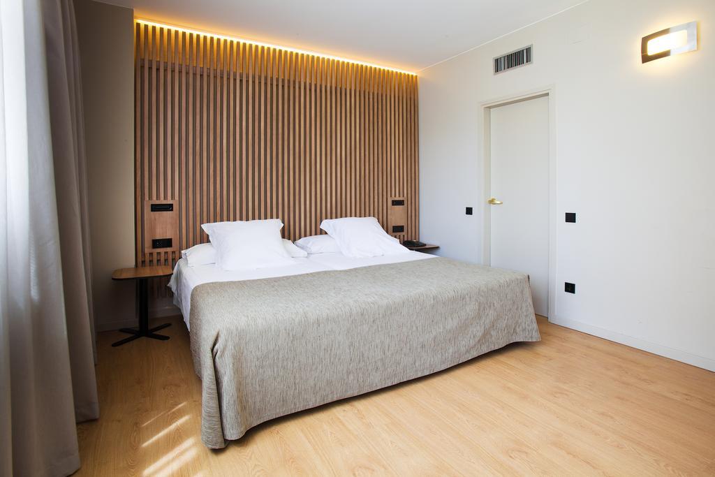 Испания Aparthotel Atenea