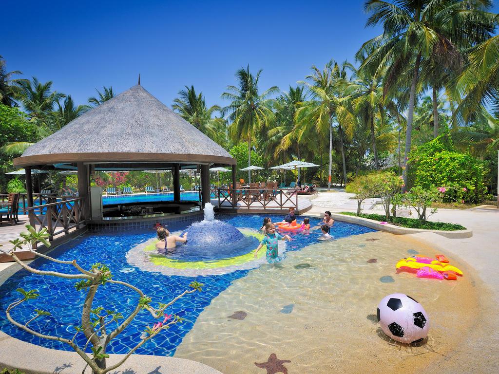 Bandos Island Resort And Spa, фото
