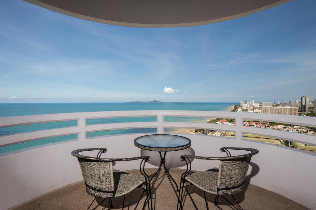 Отдых в отеле D Varee Jomtien Beach пляж Паттаи