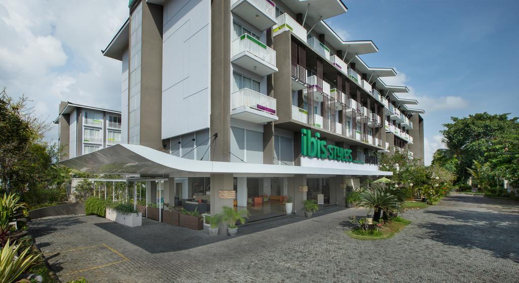 Ibis Styles Bali Benoa цена