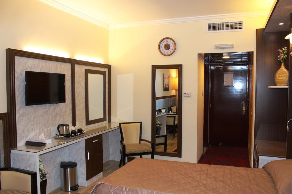 Тури в готель Al Khaleej Grand Hotel Дубай (місто)