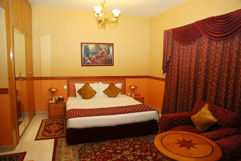 Отдых в отеле California Hotel