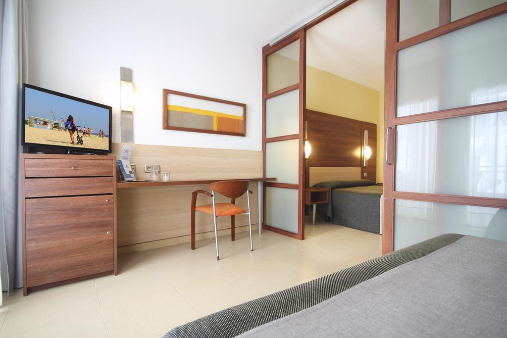 Туры в отель Aqua Hotel Aquamarina Коста-де-Барселона-Маресме Испания