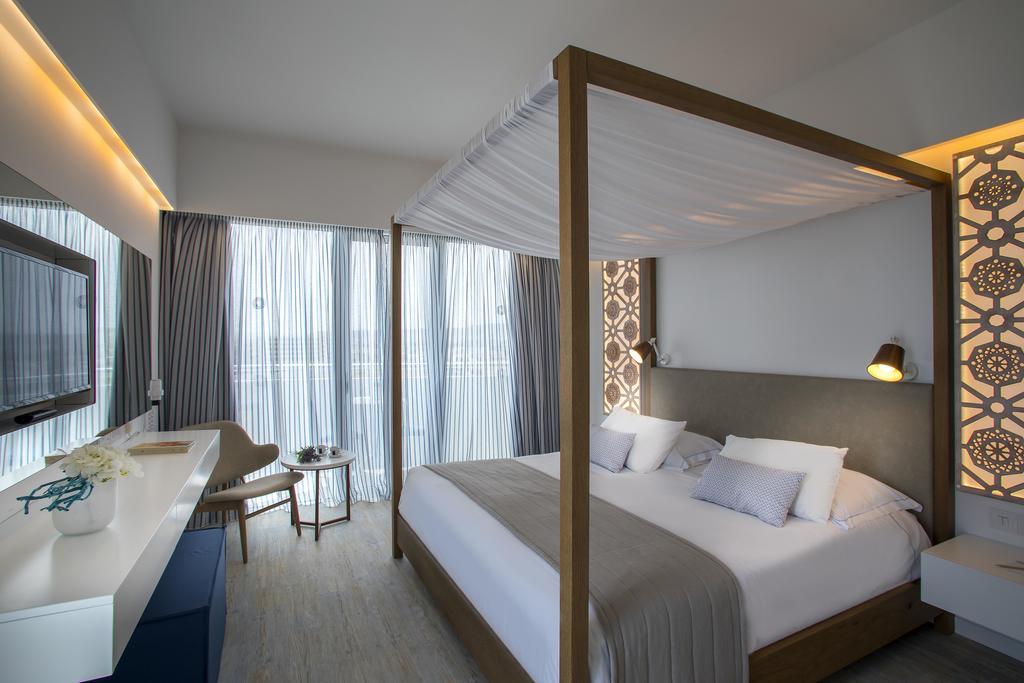 Lordos Beach Hotel, Ларнака, Кипр, фотографии туров