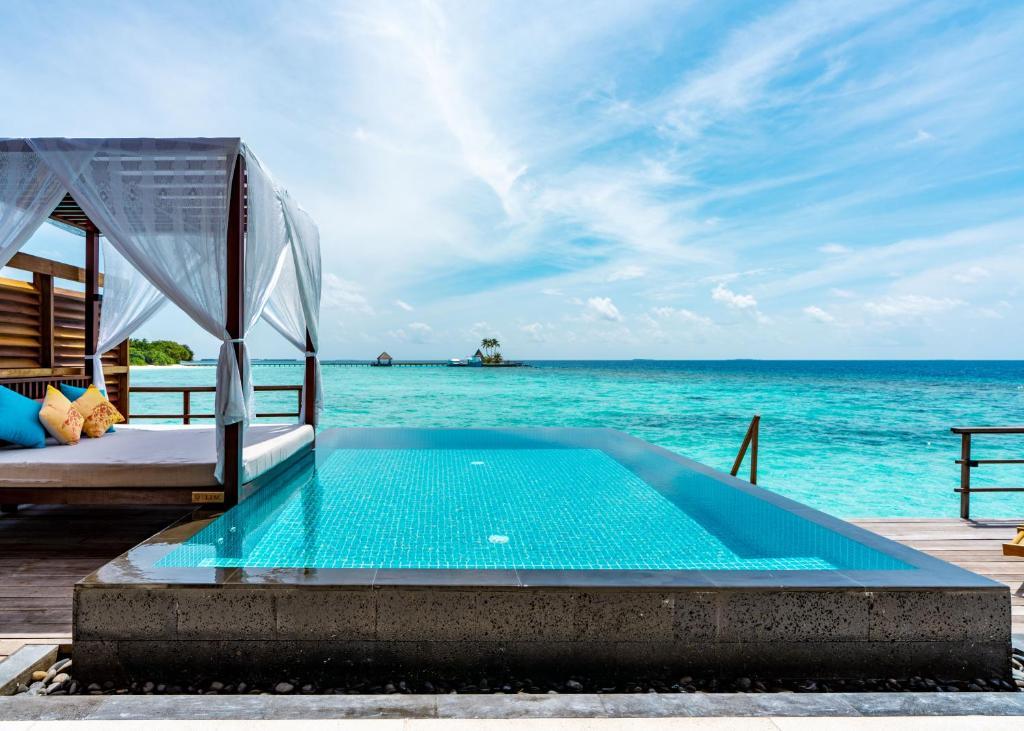Відгуки гостей готелю Furaveri Island Resort