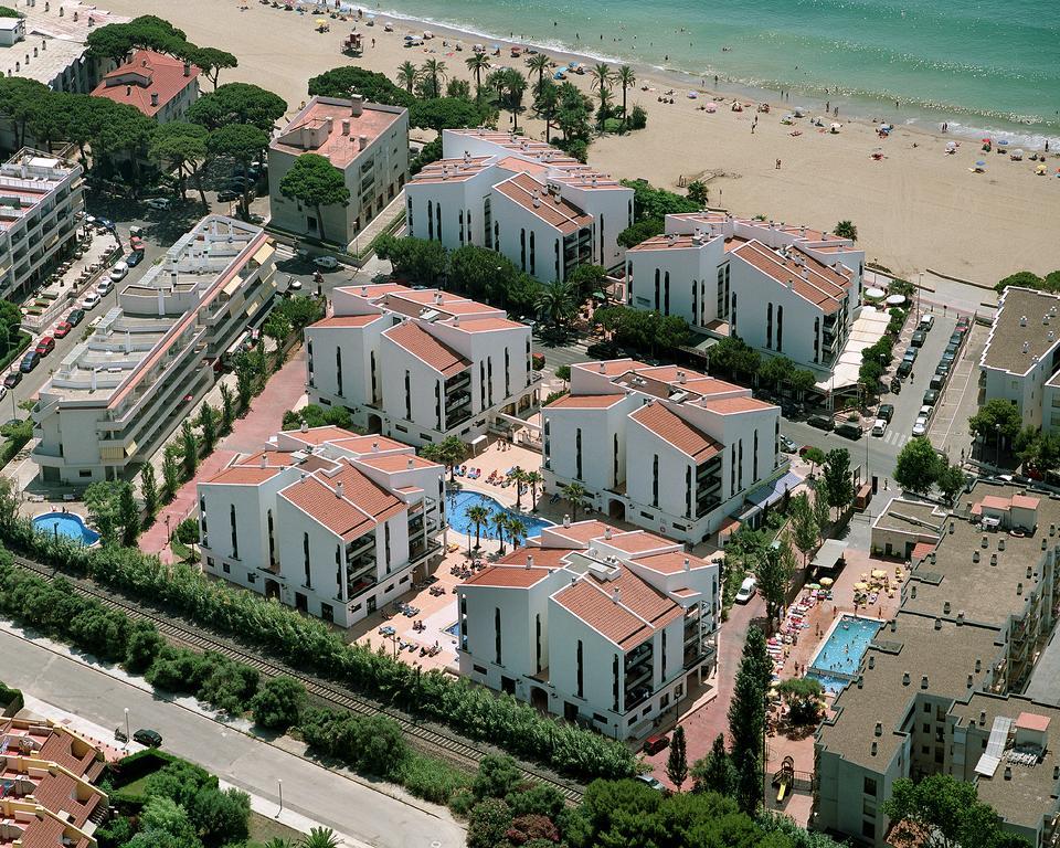 Фото отеля Pins Platja Apartamentos