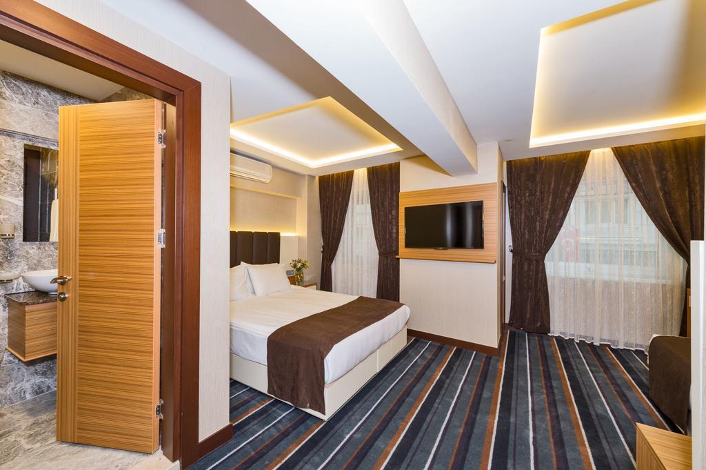Bergama Hotel, Стамбул