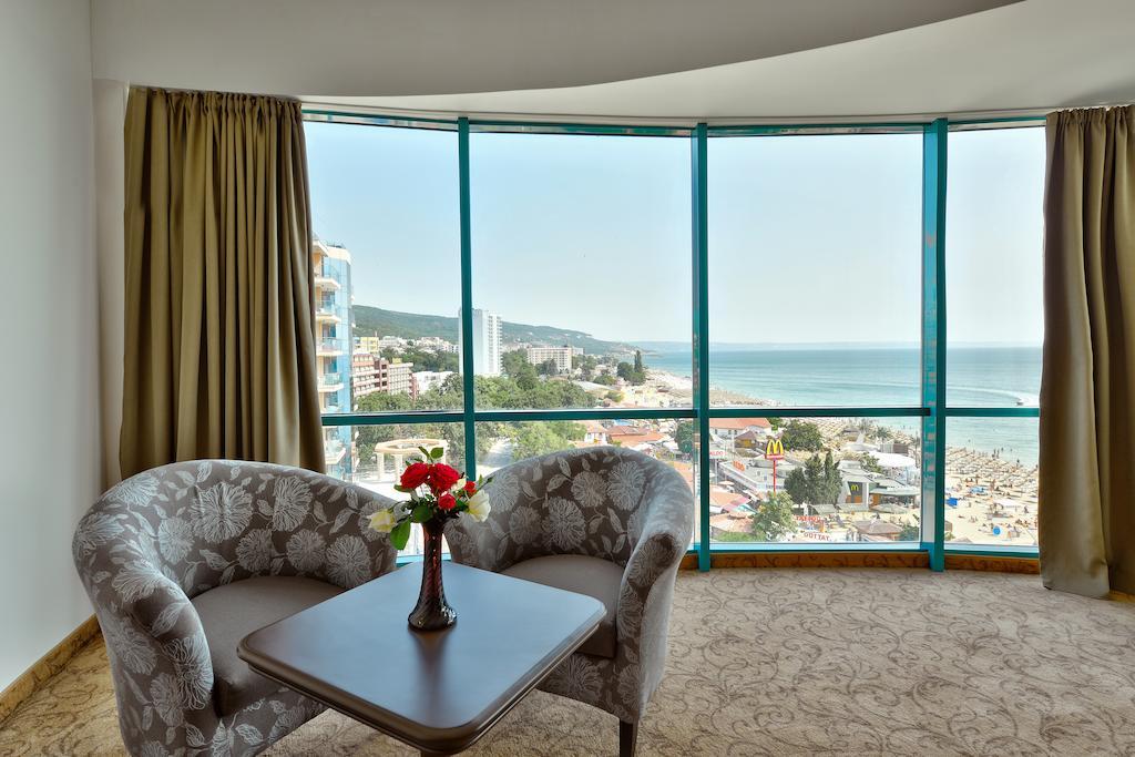 Отзывы гостей отеля Marina Grand Beach