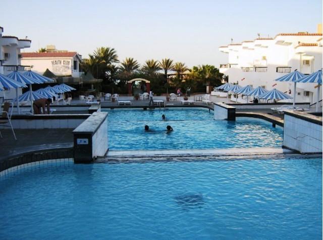 Фото отеля Sand Beach Hotel