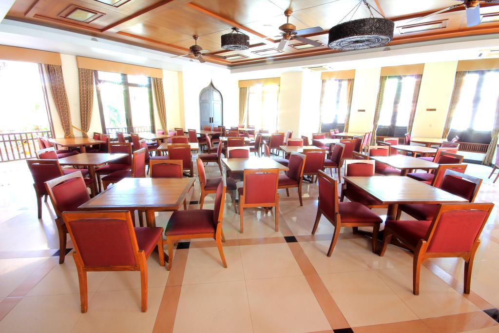 Туры в отель Aiyara Palace Hotel Паттайя
