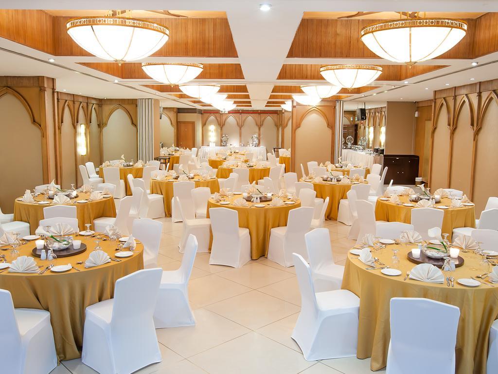 Відгуки туристів Flora Grand Hotel