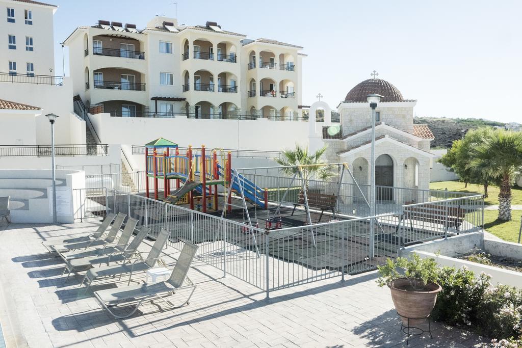 Club St George Apts, Пафос, фотографии туров
