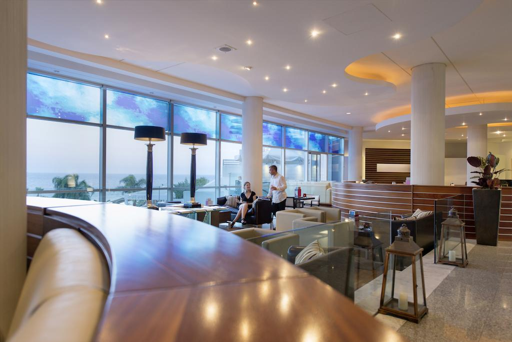 Mediterranean Beach Hotel, Кипр, Лимассол, туры, фото и отзывы