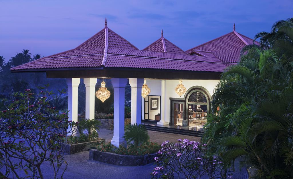 Отдых в отеле Vivanta By Taj